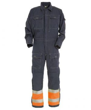 aramid flame retardant coverall with reflective detail